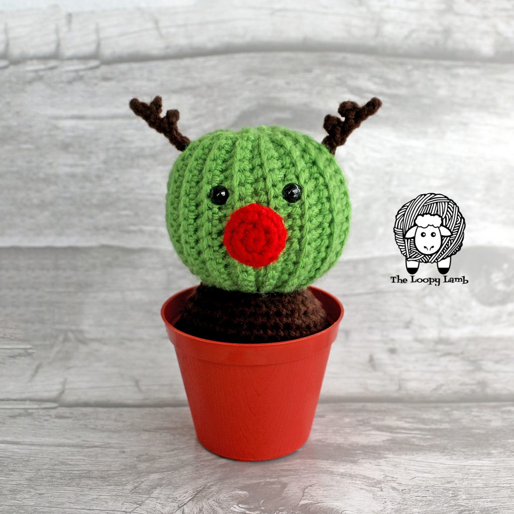 Randy the Cactus Reindeer Free Crochet Pattern from The Loopy Lamb #crochetcactus #Cactus #cactusreindeer #christmascactus #holidaycactus #amigurumi #amigurumicactus #christmasamigurumi #reindeer