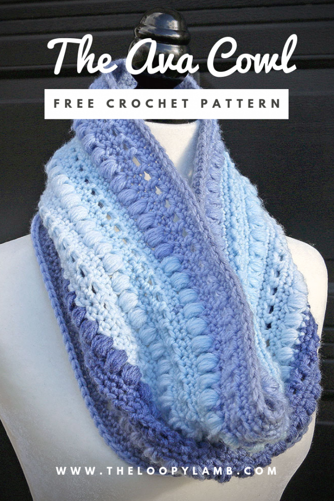 The Ava Cowl Free Crochet Pattern by The Loopy Lamb #Cowl, #crochet #crochetpattern #freecrochetpattern #oneskein #oneskeinproject #beginnercrochet