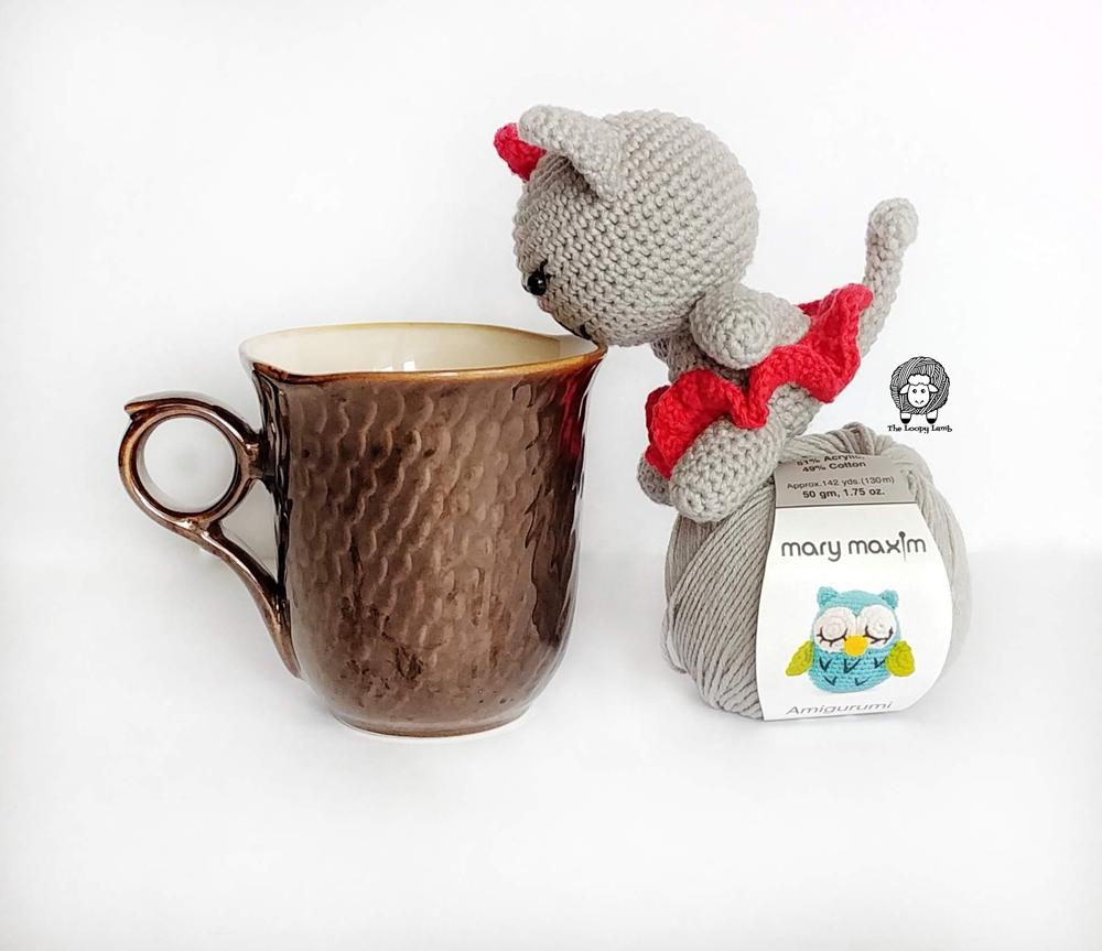 Amigurumi cat drinking tea - Free Crochet Cat Pattern