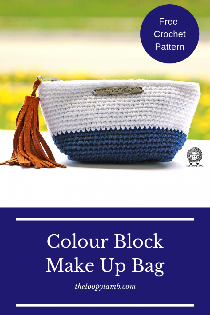 Colour Block Make Up Bag Free Crochet Pattern by The Loopy Lamb  This beginner-friendly crochet pattern is a quick and easy, yet modern-looking make.    #crochet #crochetpattern #freepattern #freecrochetpattern #beginnercrochetpattern #diy #makeityourself #crochetproject #fastcrochetproject #quickcrochetpattern #easycrochetpattern #crochetbag #makeupbag #bag #crochetclutch