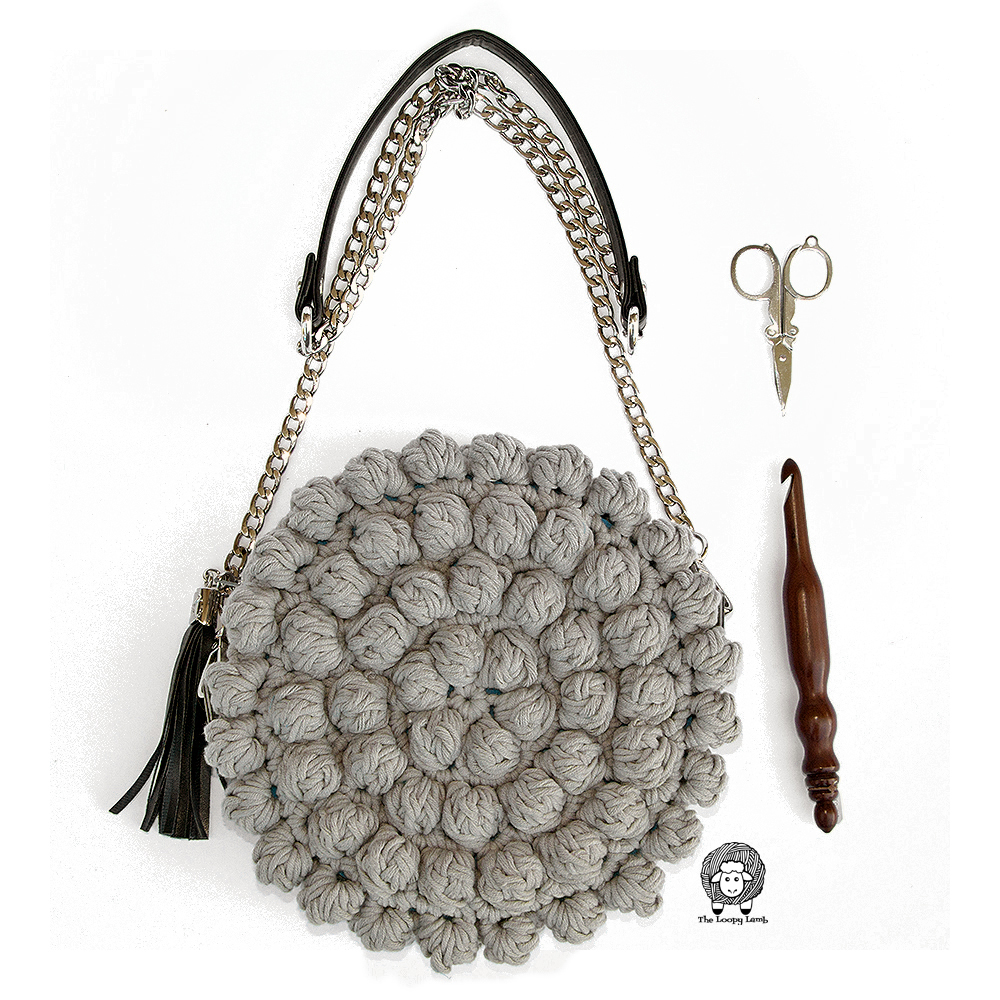 Bobblelicious Bag by The Loopy Lamb   Free Crochet Pattern for a beautiful bobble stitch purse.