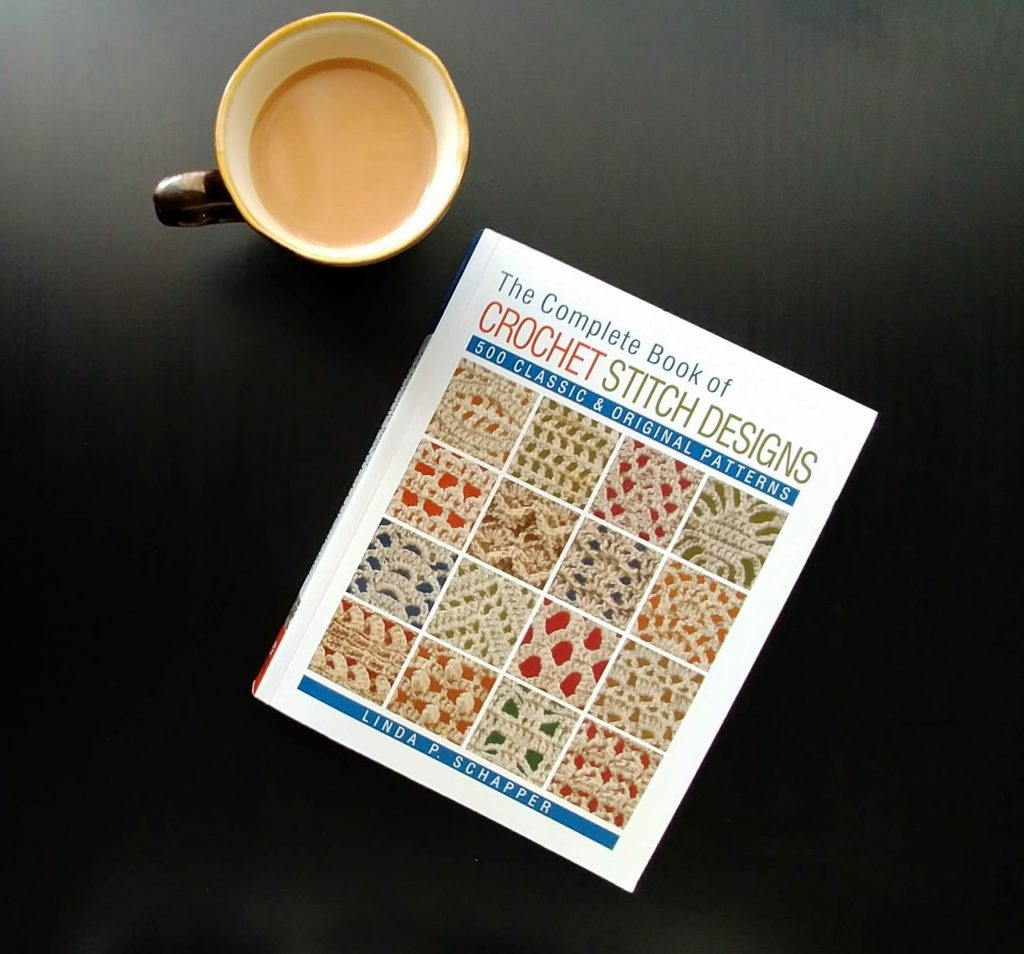 The Complete Book of Crochet Stitch Designs - Crochet Stitch Dictionary