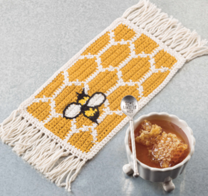 honeycombe and honey bee mug mat